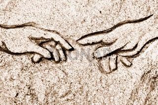 Michelangelos Erschaffung Adams  in Stein sepia