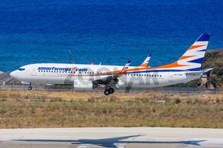 Smartwings Boeing 737-800 Flugzeug Flughafen Rhodos in Griechenland
