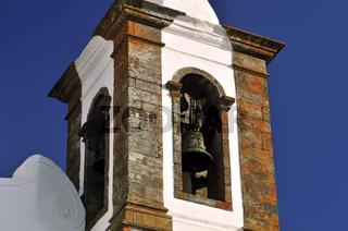 Alentejo: Kirchturm der Pfarrkirche von Monsaraz