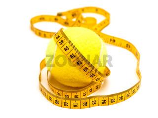 tailor meter over tennis-bal