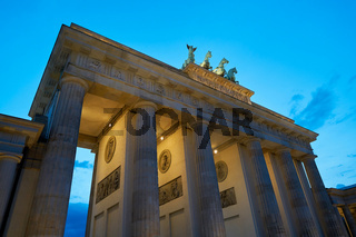 Das Brandenburger Tor zur blauen Stunde