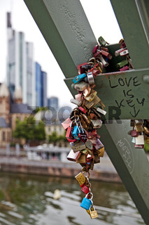 F_Love is key_01.tif