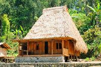 neue Wohnbebauung der Ngada local people Flores