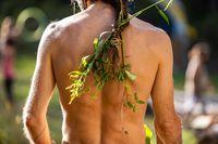 Earth festival natural flora hair style
