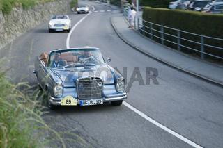 Südtirol Classic Cars_MERCEDES BENZ 220 SE