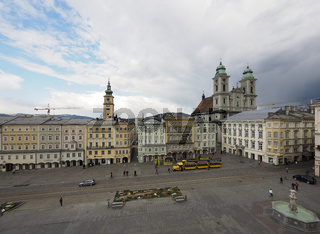 Main Square and Old Cathedral - Linz