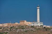 Der Leuchtturm Santa Maria di Leuca auf dem Cap Meliso in Apulien/Italien