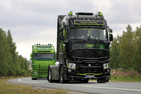 Renault Trucks T Green Mamba in Convoy