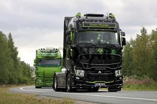 Renault Trucks T Green Mamba in Convoy