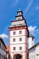 Steinheimer Torturm in der Altstadt von Seligenstadt im Landkreis Offenbach, Hessen