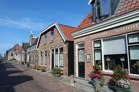 Backsteinhäuser in Friesland. Stavoren, Niederlande