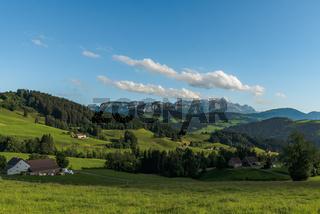 Ausblick auf Alpstein und Säntis, Appenzellerland, Kanton Appenzell Innerrhoden, Schweiz
