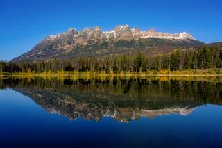 Yellowhead Lake, Jasper Alberta Kanada ,Yellowhead Mountain, Lucerne Peak