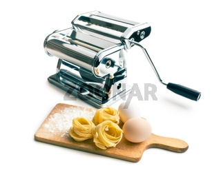 tagliatelle,eggs and pasta machine