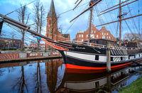 Traditions-Rahsegler in Papenburg, Niedersachsen