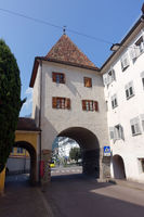 Vinschgauer Tor, historisches Stadttor