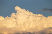 Wolken in der Abendsonne