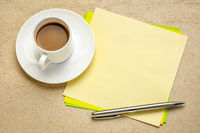 blank reminder note with coffee
