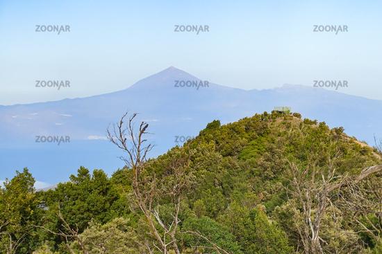 Auf La Gomera - Blick über den Garajonay-Nationalpark Richtung Teneriffa