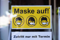 Entry to shop in Germany by appointment and with face mask only