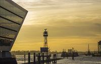 Dockland Hamburg bei Sonnenuntergang