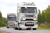 Renault Trucks T Transmito Oy in Convoy