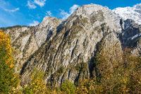 Blick auf den Schütttalpenschneid vor der Westflanke des Watzmanns, Berchtsgaden, Deutschland