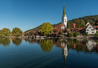 Blick auf Sipplingen mit Pfarrkirche, Bodensee, Baden-Württemberg, Deutschland