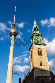 Fernsehturm und Marienkirche