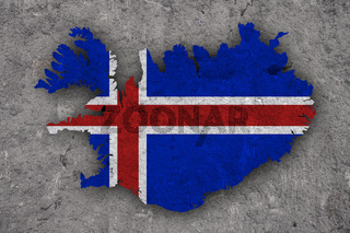 Karte und Fahne von Island auf verwittertem Beton - Map and flag of Iceland on weathered concrete