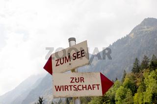 Schilder im Allgaeu. 020