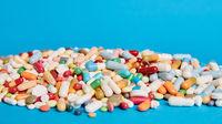 Blauer Medikamente Hintergrund mit Textfreiraum