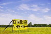 Werbeschild bei Ludwigslust, Mecklenburg-Vorpommern, Deutschland