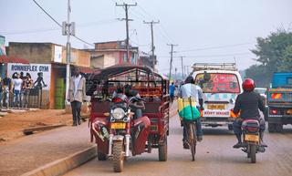 Auf den Straßen von Kampala, der Hauptstadt von Uganda   On the streets of Kampala, the capital of Uganda