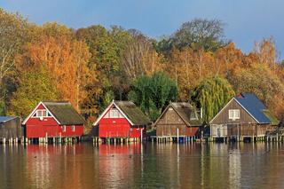 Bootshäuser an der Müritz bei Röbel in Mecklenburg-Vorpommern