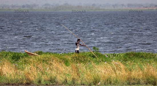 Fischer am Albertsee, Uganda  | Fisherman at Lake Albert in Uganda