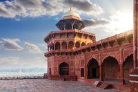 Mosque in Taj Mahal complex in India, Uttar Pradesh, Agra