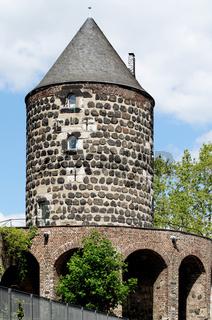 historische mittelalterliche stadtmauer von köln