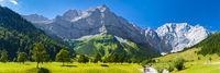 Panorama Landschaft vom großen Ahornboden im Karwendel