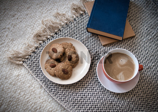 Kaffee, Kekse und Bücher