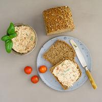 Bread with tomato basil spread