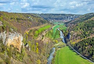 Donautal mit Kloster Beuron