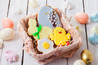 the bright Easter gingerbread in a basket