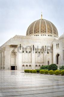 Grand Sultan Qaboos Mosque