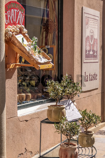 Small grocery in Sisteron, Provence, France