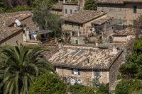 Dächer im Künstlerdorf Deia, Mallorca