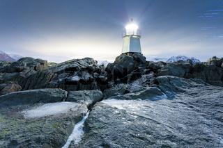 Leuchtfeuer an der norwegischen Küste