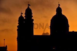 Silhouette der Theatinerkirche München