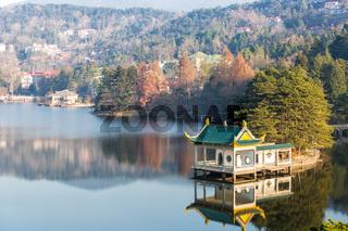 lake pavilion in lushan mountain