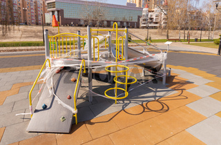 Children's playground closed due to containment due to a coronavirus outbreak